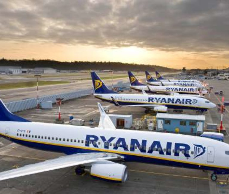Ryanair κατά Lufthansa για τη συμφωνία με την Laudamotion