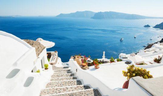 Πυρκαγιές: Ο Παγκόσμιος Οργανισμός Τουρισμού παροτρύνει τους ταξιδιώτες να έρθουν Ελλάδα