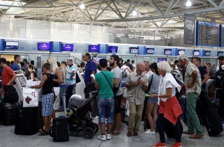 Πού θα ταξιδέψουν οι Έλληνες τον Δεκαπενταύγουστο