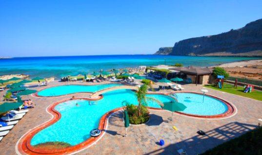 Thomas Cook: Συμβουλές για την ασφαλή χρήση της πισίνας στις διακοπές