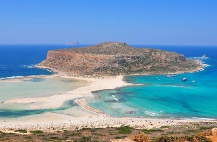 Κρήτη: Γιατί οι ξενοδόχοι ζητούν να μπει εισιτήριο σε Ελαφονήσι και Μπάλο