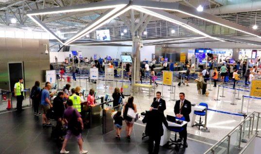 "To ""Ελ. Βενιζέλος"" στα 10 top ευρωπαϊκά αεροδρόμια με την υψηλότερη κίνηση"