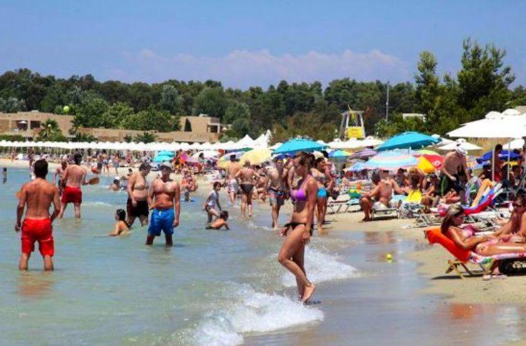 INSETE Intelligence: +13,2% αεροπορικές θέσεις Σεπτέμβριο και Οκτώβριο- περισσότερα ξόδεψαν φέτος οι τουρίστες