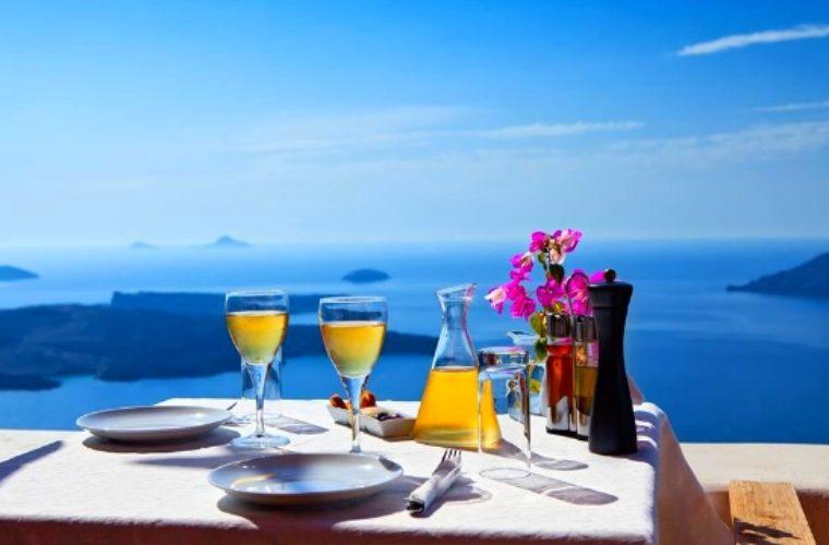 Ο εναλλακτικός τουρισμός στην Ελλάδα συναρπάζει τους Βρετανούς- Πρωταγωνιστής η γαστρονομία