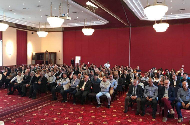 Βραβεύσεις εργαζομένων στον τουρισμό από τον  Παγκρήτιο Σύλλογος Διευθυντών Ξενοδοχείων
