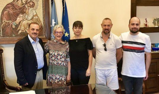 Συγχαρητήρια και θερμές ευχαριστίες προς την αντιδήμαρχο Τουρισμού Μαρίζα Χατζηλαζάρου από Γάλλους δημοσιογράφους