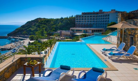 H Wyndham Hotels & Resorts και η Zeus International επεκτείνουν τη στρατηγική συνεργασία τους