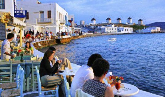 Πάνω από 20 εκατ. τουρίστες ήρθαν στην Ελλάδα το οκτάμηνο Ιανουαρίου – Αυγούστου