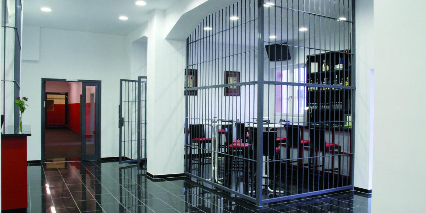 Ξενοδοχείο – φυλακή στη Γερμανία