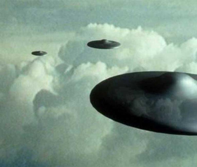 Πιλότοι είδαν UFO πάνω από την Ιρλανδία!