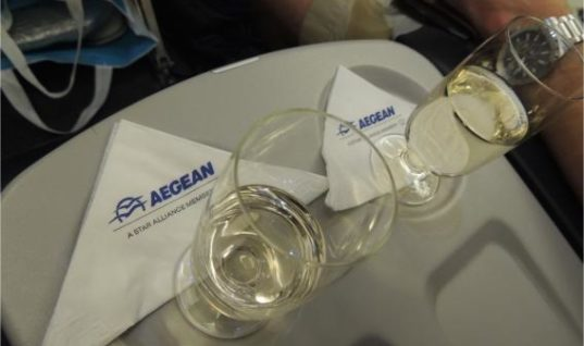 Ταξίδι κρασιών της Κεντρικής Μακεδονίας σε όλο τον κόσμο μέσα από τη συνεργασία της Περιφέρειας Κεντρικής Μακεδονίας με την Aegean Airlines