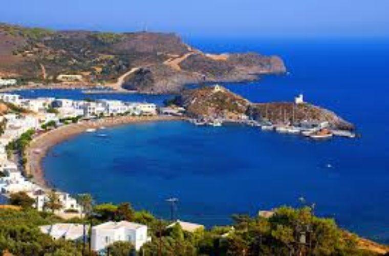 10 –όχι τόσο διάσημα– ελληνικά νησιά που πρέπει να επισκεφτείς!