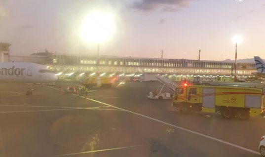 Βαριά προσγείωση της Condor προκάλεσε τον συναγερμό της Πυροσβεστικής