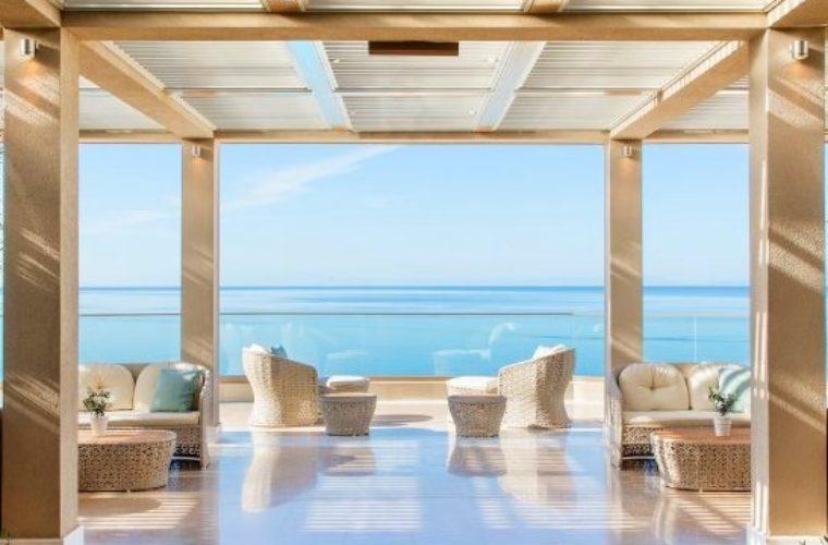 Τα ελληνικά ξενοδοχεία σάρωσαν στα βραβεία της TripAdvisor