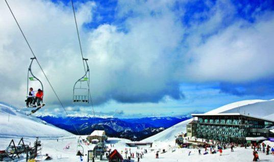 Τα καλύτερα χιονοδρομικά της Ελλάδας για τους δεινούς σκιέρ και όχι μόνο!